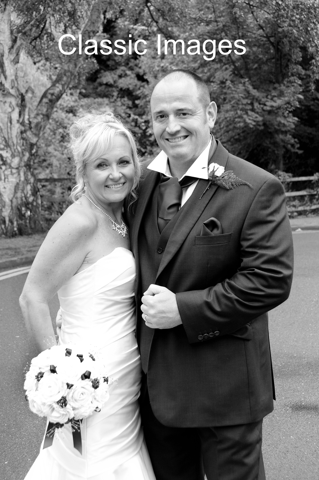 bride-and-groom-wedding-photo-sunbury