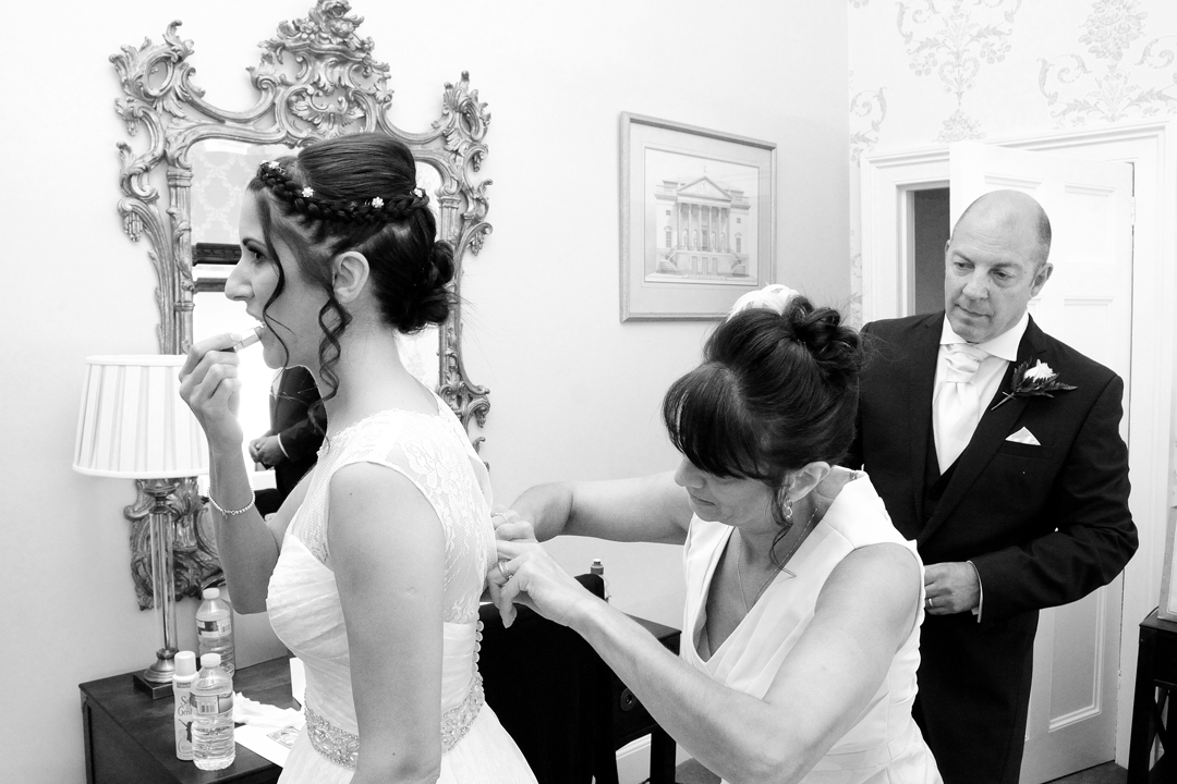 bride-getting-ready-photo-surrey