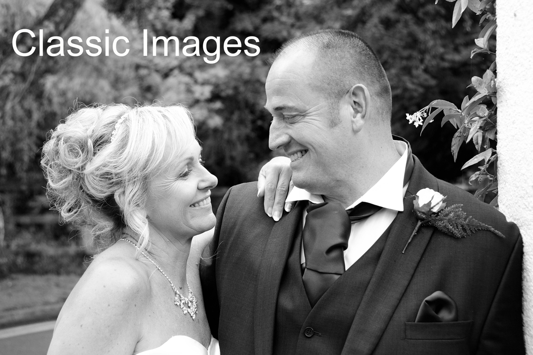 romantic-wedding-photography-shepperton-holiday-inn