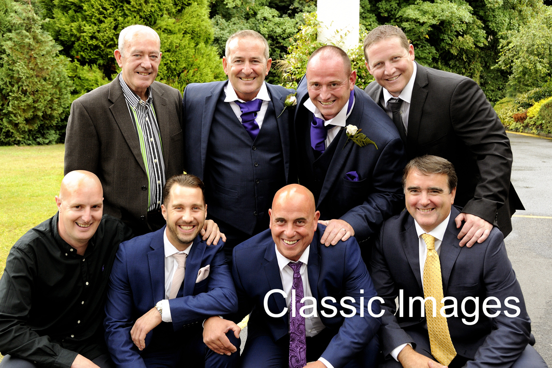 wedding-photo-group-guys-shepperton-holiday-inn