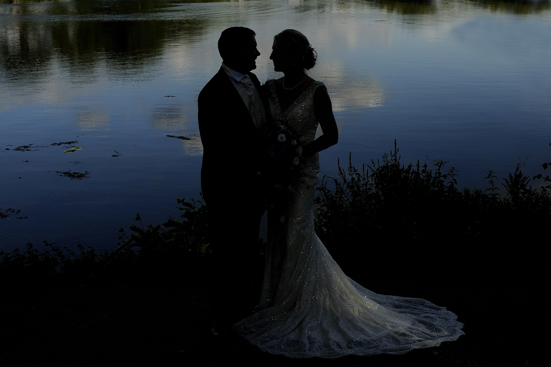wedding-photos-river-thames-shepperton