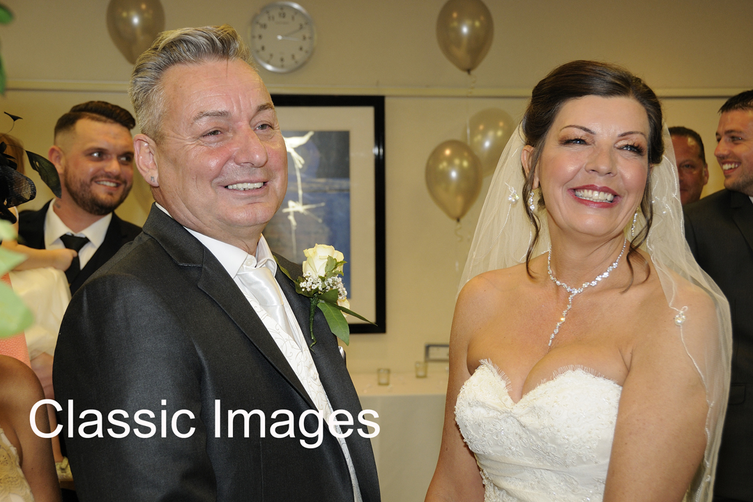 creative-wedding-photography-shepperton-classic-images