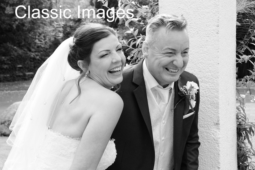 fun-black-and-white-wedding-photo-sunbury