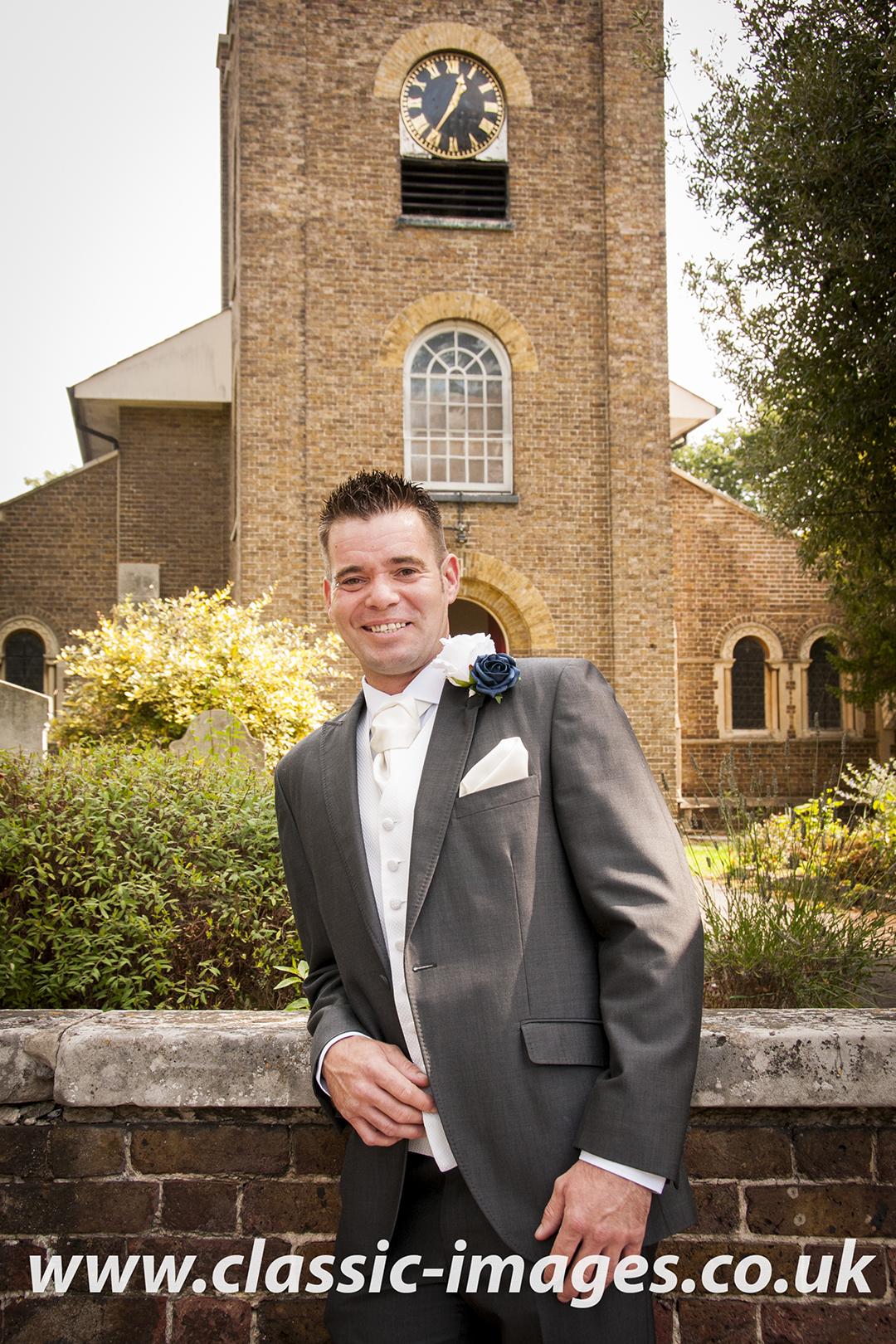 ceremony-groom-classic-images-sunbury