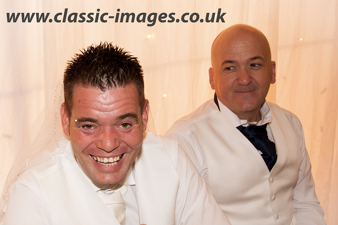 wedding-reception-groom-bestman-fun